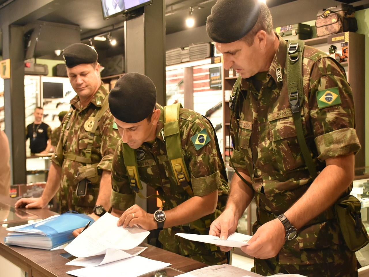 bb6f12ed1 O Comando da 5ª Região Militar (5ª RM) encerrou nos estados do Paraná e  Santa Catarina a Operação Alta Pressão VIII.
